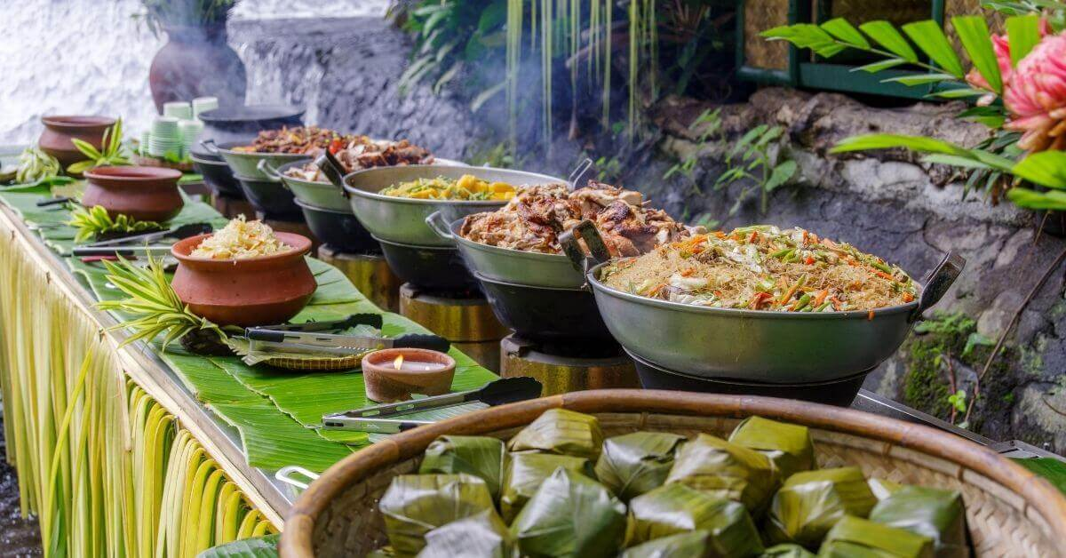 Filipino foods and local dishes