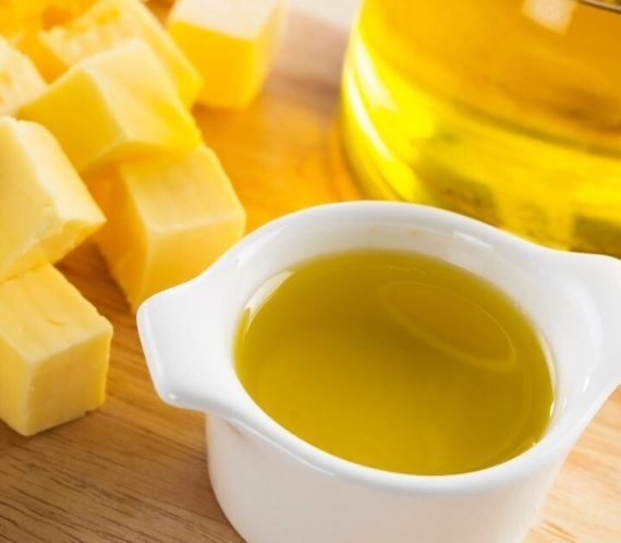 butter, melted butter and olive oil