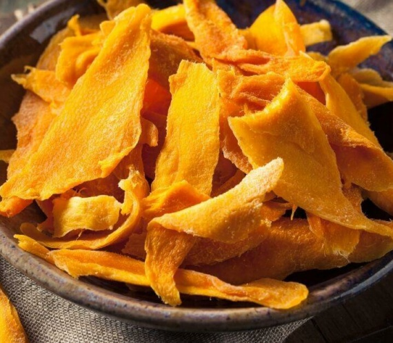 dried mangoes on a bowl